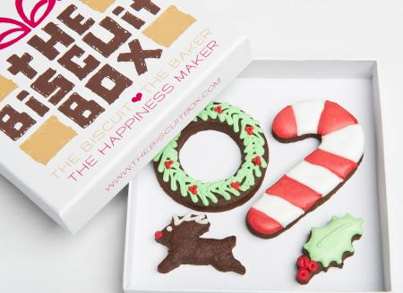wreath cookie, candy cane biscuit, candy cane cookie
