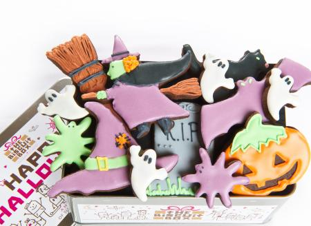 Halloween iced biscuits by The Biscuit Box, halloween cookies, iced biscuits